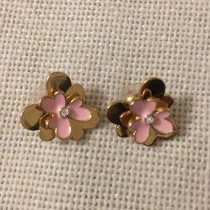 Kate Spade pansy stud earrings.